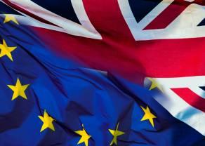 May i GBP w dół, EUR czeka na plan - ryzyko polityczne dla rynków