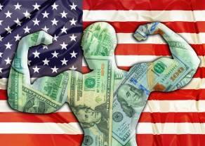Mocny dolar USD. Kursy funta, dolara australijskiego i dolara nowozelandzkiego w dół. Euro, frank i jen też tracą