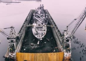 Na rynek ropy powróciły spadki. Notowania ropy Brent oraz WTI