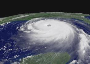 Największe cięcia produkcji ropy w USA od czasów huraganu Katrina