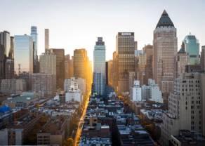 Notowania giełdowe:  rynek akcji czeka na jutrzejsze PMI