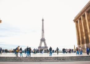 Notowania giełdowe. Spora zmienność na indeksach w Europie po publikacji wstępnych PMI