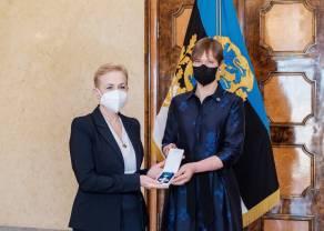 Order Krzyża Terra Mariana dla Prezes BGK
