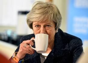 """""""Pani już podziękujemy"""". Brexit zyskuje nową warstwę zagmatwania. Funt szterling nie reaguje na decyzje parlamentu"""