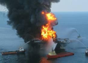 Paniczna wyprzedaż na rynku ropy naftowej WTI i Brent. Kiedy szukać dna na czarnym złocie?