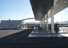 PiS wycofuje się z opłaty paliwowej - co na to akcje spółek?