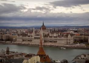 Polski rząd kusi obligacjami. Spadki kursu euro względem forinta węgierskiego