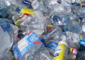 Powołany właśnie Polski Pakt Plastikowy dołącza do globalnej inicjatywy Plastic Pact network Fundacji Ellen MacArthur. Santander Bank Polska jednym z sygnatariuszy