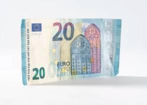 Prognozy kursu funta, euro i dolara. Czy euro przebije 4,25 złotego a funt wróci do 4,80? Zobacz!
