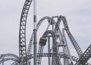 Rollercoaster! Znaczne zmiany kursów walut: dolara, euro, funta i franka na rynku Forex. Sprawdź notowania polskiego złotego względem USD, EUR, GBP i CHF
