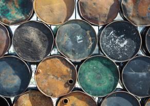Ropa naftowa – jak duże są zgromadzone zapasy w USA? Cena ropy WTI mocno w górę