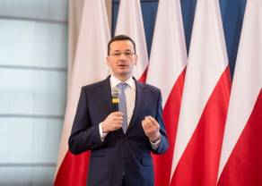 Rozmowy szefów rządów - May i Morawiecki w Warszawie