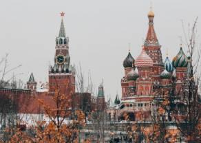 Rubel traci mimo wzrostów ropy. Tragiczna kondycja rosyjskiej waluty. Brexit bez postępu