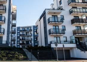 Rynek nieruchomości zaczyna się przegrzewać. W Internecie przybywa mieszkań na sprzedaż