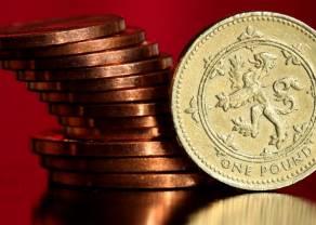 Spadek inflacji wyraźnie osłabia funta