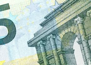 Spadek kursu euro (EUR) względem dolara (USD). Polska najmniej straci. Dobry indeks koniunktury w USA