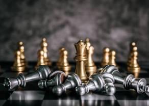 Surowce (ropa, srebro, złoto, miedź): srebrny kruszec wyraźnie słabszy od GOLD! Co słychać na rynku walutowym (EURUSD, USDPLN, EURPLN, CHFPLN)?