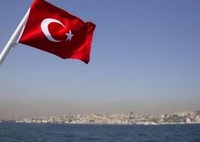 Stopy procentowe mocno w górę - Lira turecka umacnia się do euro i dolara