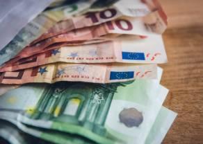 Sytuacja na kursie euro (EUR) wobec dolara (USD). Amerykańskie dane, pandemia i polityka