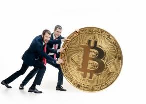 Szaleństwo na kryptowalutach nabiera coraz większego rozpędu. Co odpowiada za te gwałtowne wzrosty notowań bitcoina?