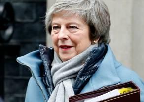 May klęka przed UE z prośbą o przedłużenie okresu przed Brexitem. Kursy walut euro i funta nie reagują
