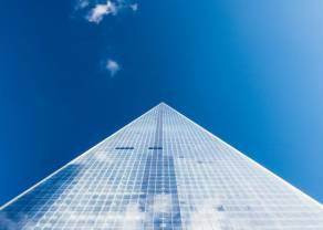 UOKiK ostrzega przed piramidą finansową i pseudo kryptowalutą