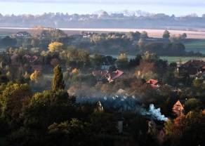 Walka ze smogiem za pomocą kija i marchewki. W Polsce konieczne jest jedno i drugie!