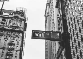 Wall Street wciąż na granicy recesji. Notowania giełdowe