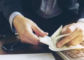 Wiadomości giełdowe. Sprzedaż netto funduszy w ubiegłym miesiącu sięgnęła 4,8 mld złotych – pierwszy raz od roku 2013!