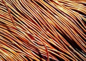 Wojna handlowa uderza w metale przemysłowe