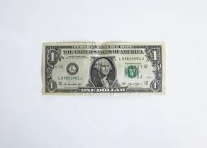Wzrosty kursu dolara względem euro. Przestraszony złoty w odwrocie. Bezrobocie w Polsce wzrasta
