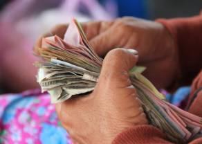 Złoty polski oraz dolar i euro wobec forum w Sinatrze. Interesujący tydzień na rynkach finansowych