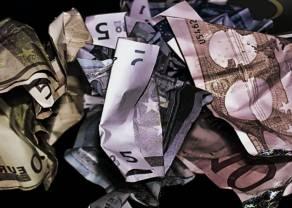 Zmiana! Spadki euro, dolara, funta i franka! Kursy walut na rynku Forex [USD/PLN, EUR/PLN, CHF/PLN, GBP/PLN]