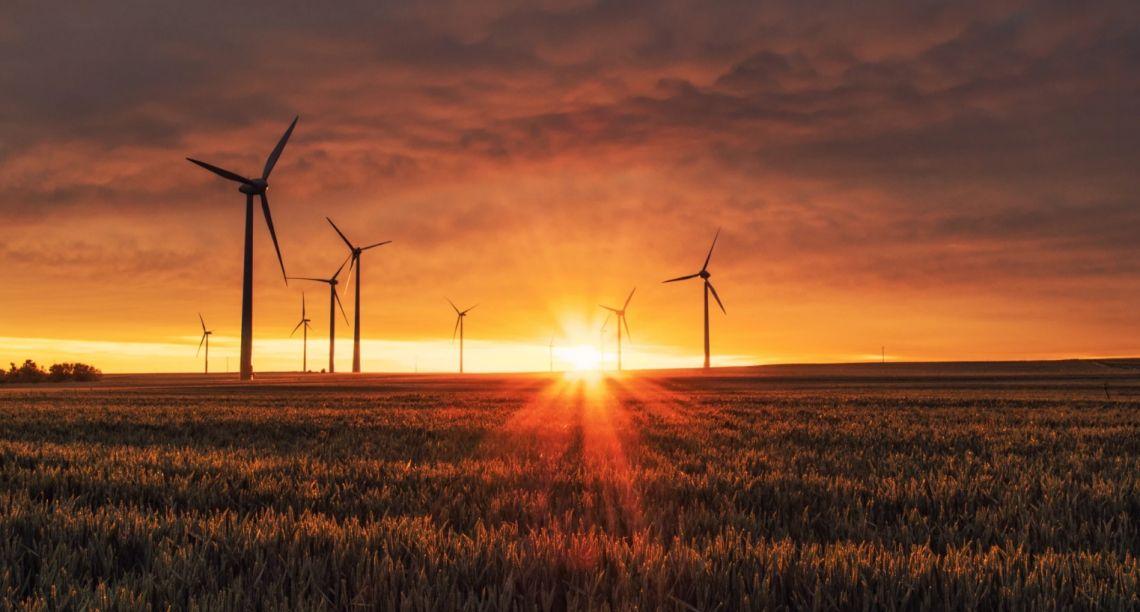 10 rekomendacji dla energetyki, transportu i przemysłu, które pomogą osiągnąć neutralność klimatyczną