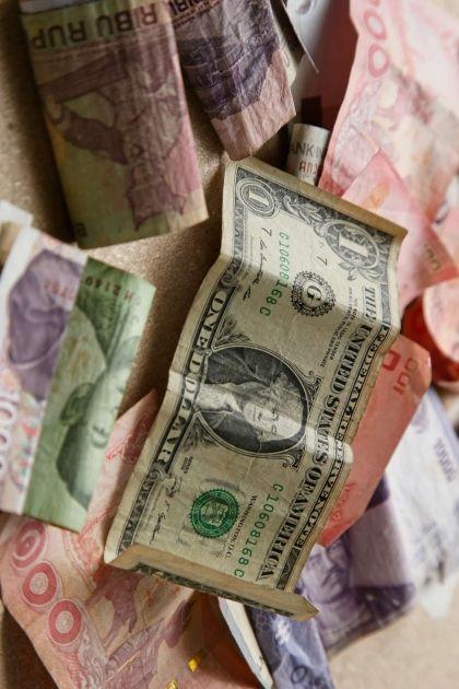 Komentarz giełdowy: Kupujący odpuszczają pod koniec tygodnia