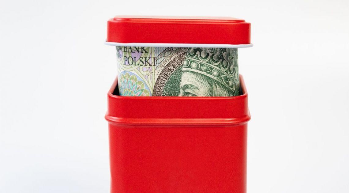 Funt po 5.0945 polskich złotych. NBP aktualizuje kursy średnie, w tym dolara, euro, funta i franka we wtorek 10 grudnia