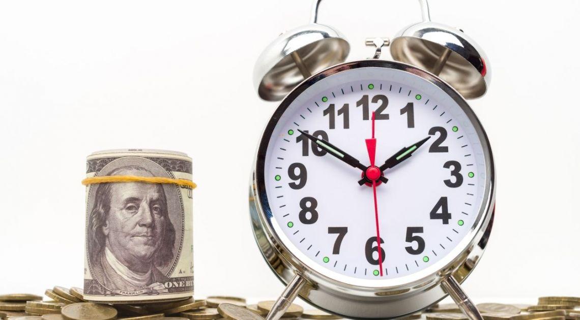 Mamy je! Średnie kursy walut o poranku. Kurs euro skacze na 4.468 PLN. Za jednego funta szterlinga zapłacisz już 4.9471 zł. [Aktualizacja: 07:04 24 listopada 2020]