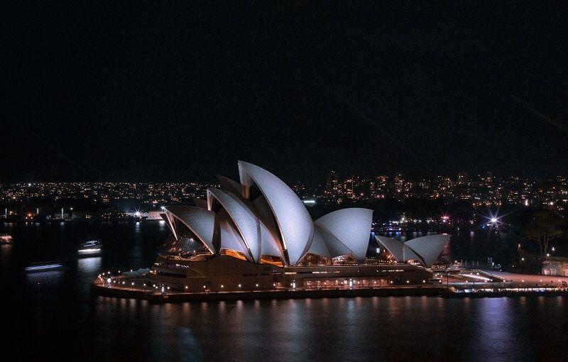 Australia i Nowa Zelandia rezygnują z narodowych kryptowalut