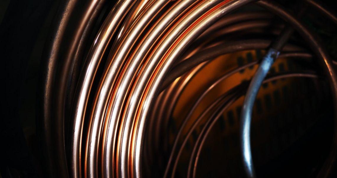 Cena miedzi najwyżej od dwóch lat. Spokojny początek nowego miesiąca na rynku ropy naftowej