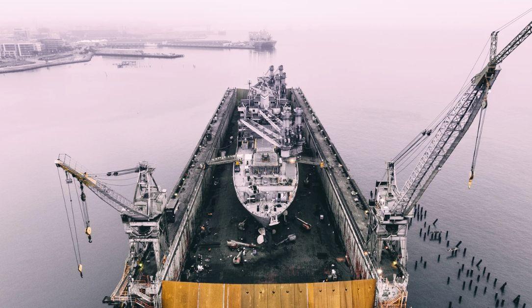 Ceny ropy spadają najmocniej od wojny! Co dalej z cenami ropy naftowej?