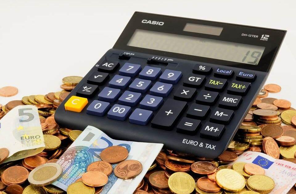 Opinia z badania sprawozdania a decyzje inwestycyjne