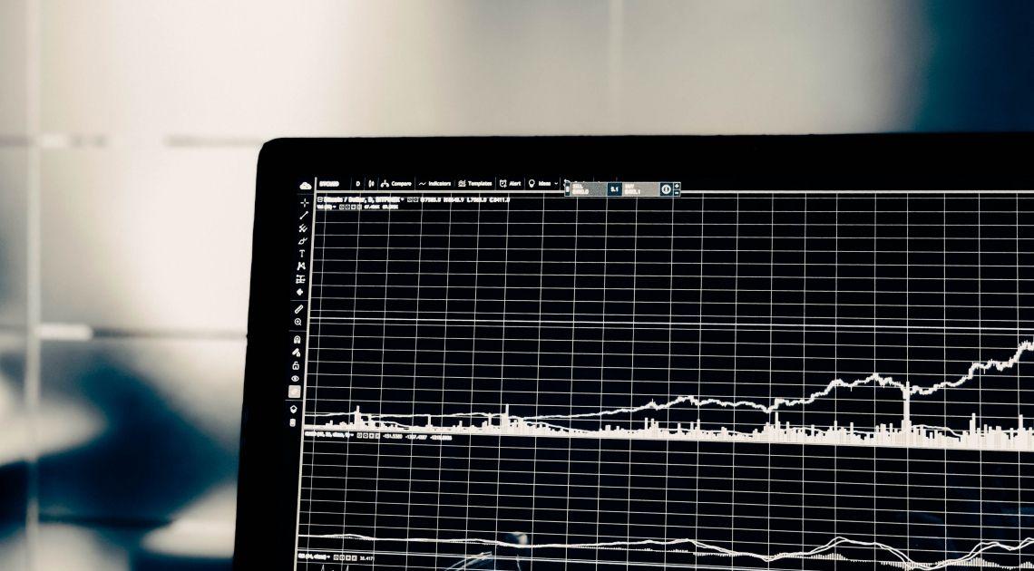 Co to jest wykres liniowy, słupkowy i świecowy? Rodzaje wykresów