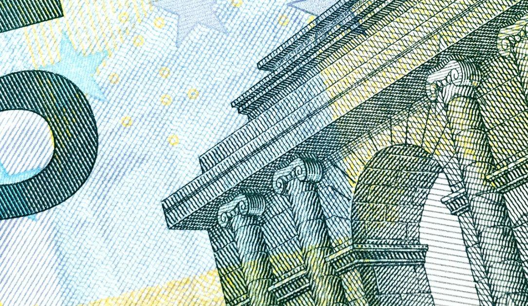 Co z kursem euro do dolara (EUR/USD)? Słabość europejskiej waluty. Sytuacja na rynkach finansowych