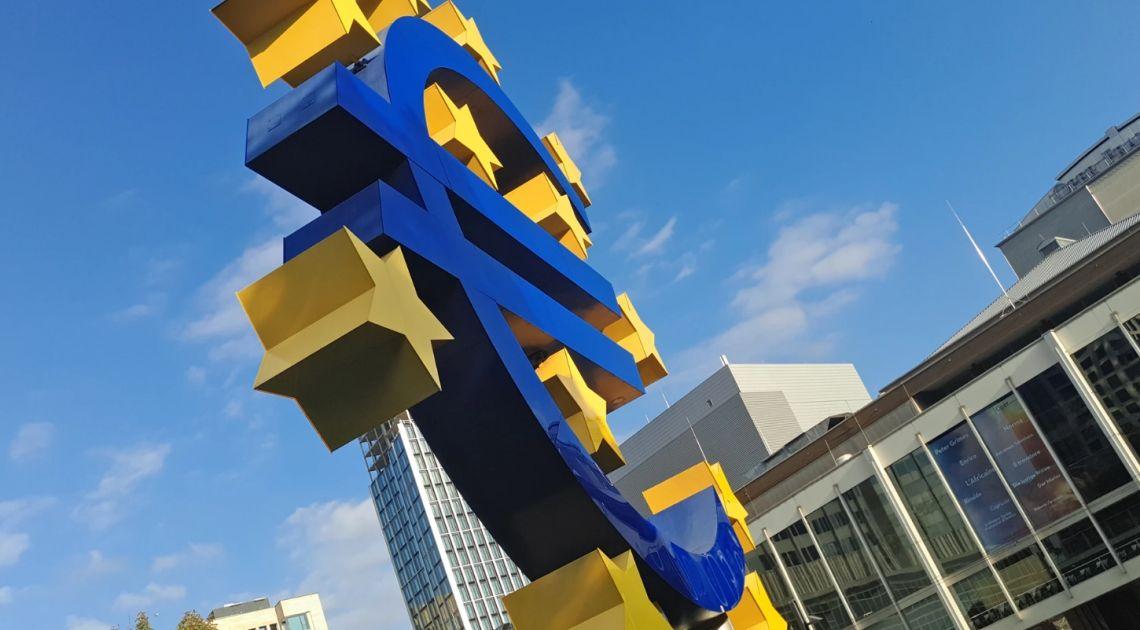 Co z kursem euro EUR/PLN? Równowaga złotego. Polityka ważniejsza niż dane