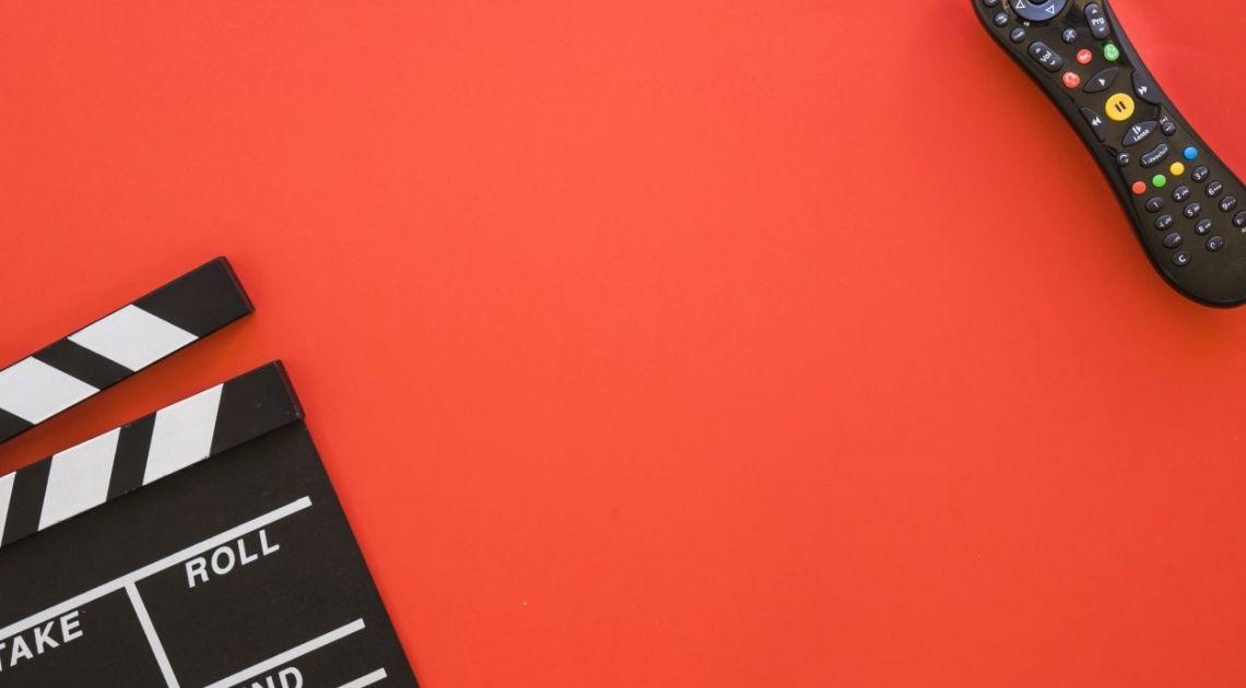 Cyfrowy Polsat wchodzi w fotowoltaikę - panele słoneczne będzie można kupić w salonach Plusa i Polsatu. Kurs rośnie