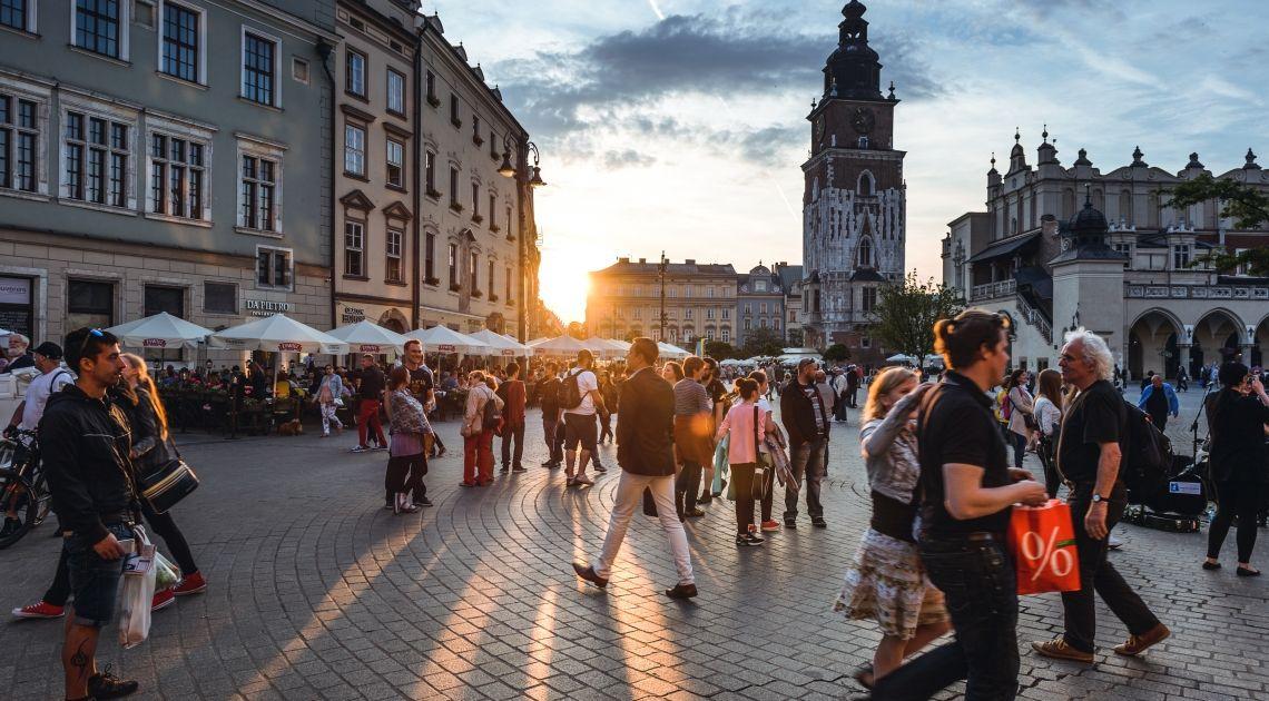 Czeka nas sporo danych z Polski! Przegląd wydarzeń kolejnego tygodnia na rynku forex euro, dolara i funta