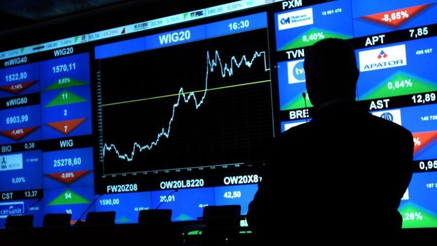 Czerwony początek listopada na GPW: Pekao i PZU na dużym minusie, CCC traci ponad 5%, Santander Bank na plusie, Orange Polska liderem wzrostów