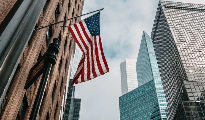 Czy Ameryce grozi recesja? CFD na Nasdaq100 futures - perspektywa rynkowa