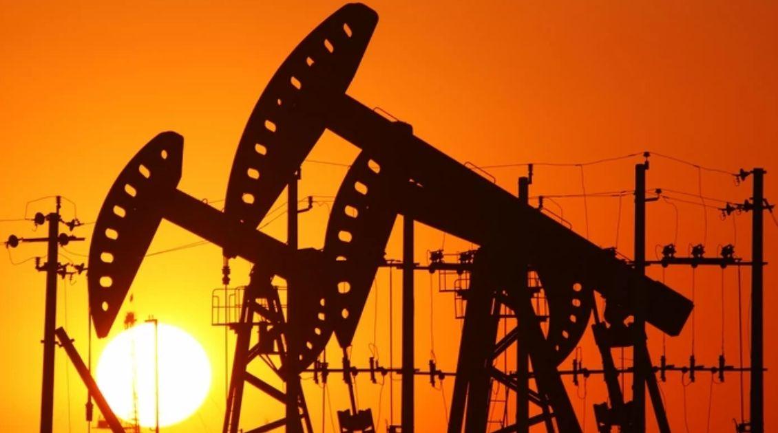 Czy będzie wielkie porozumienie na rynku ropy? Darmowe szkolenie online z analitykiem rynków surowcowych XTB