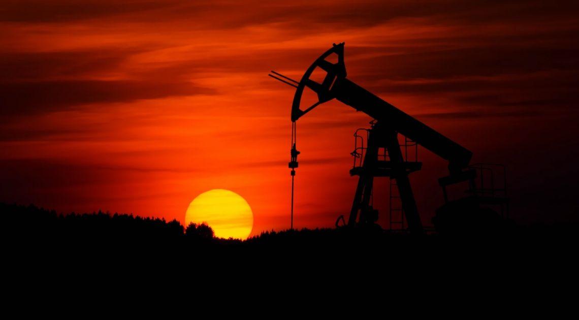 Czy brak zmienności cen ropy to zapowiedź spadków?